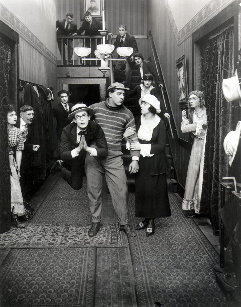 hle100202-bumping-into-broadway-1919